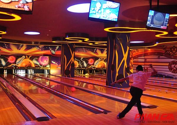 Khu chơi bowling trong Royal City