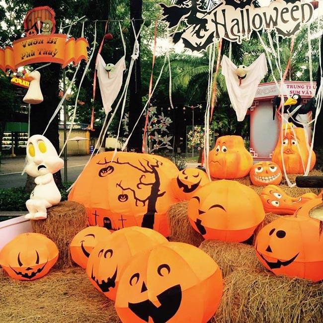 halloween tại công viên văn hóa đầm sen